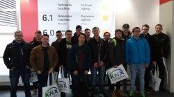 "Klasse EFEG 12 der Hans-Glas-Schule auf der Messe ""light + building 2018"" in Frankfurt am Main"